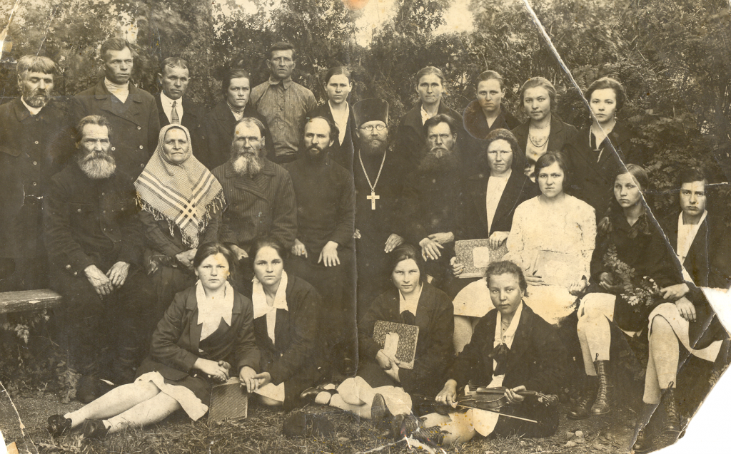 Хор Воскресенской церкви села Алексеевского 1931 год.png
